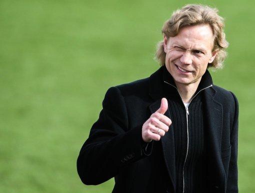 Тренер Валерий Карпин считает, что сборная пытается играть в смелый футбол