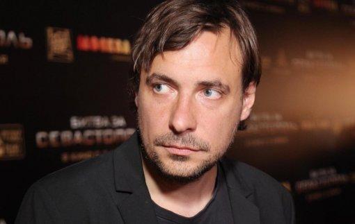 Стало известно, почему актёр Евгений Цыганов резко сменил имидж