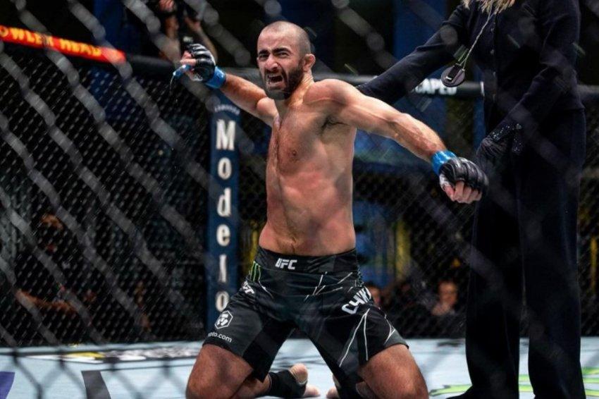 Боец Чикадзе поднялся в рейтинге UFC после победы над Барбозой