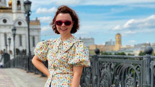 Жена юмориста Евгения Петросяна показала фанатам сына Вагана на кухне