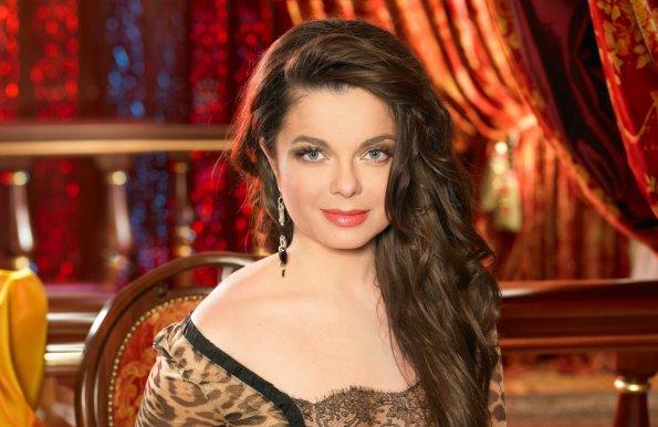 Певица Наташа Королева выдала ребенка подруги за свою внебрачную дочь
