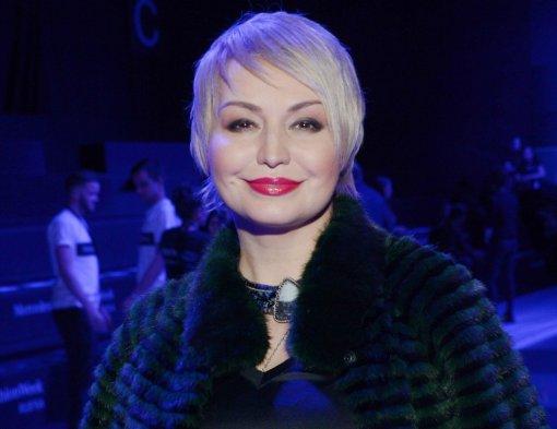 Певица Катя Лель в видеообращении ответила хейтерам на критику из-за лишнего веса
