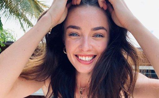 Дочь актёра Кирилла Сафонова показала снимки со своим мужем
