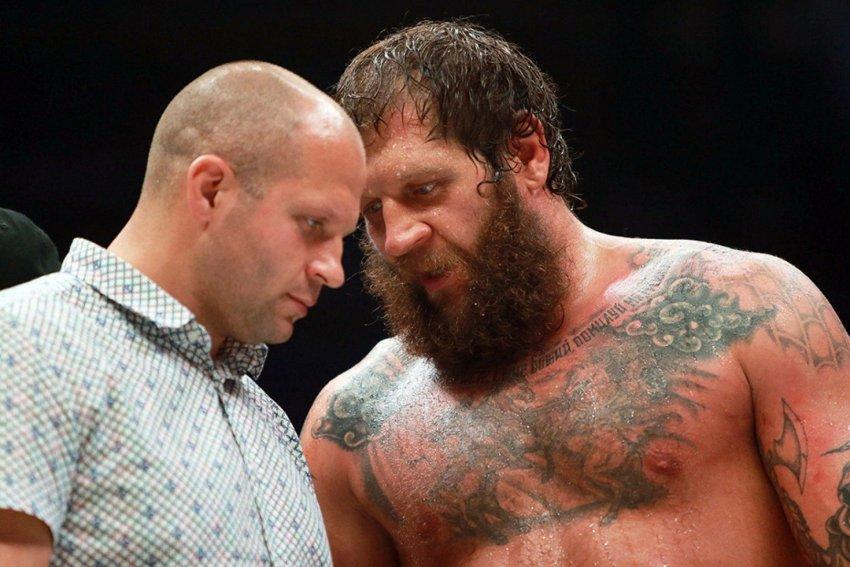 Боец Александр Емельяненко неожиданно назвал брата Фёдора лучшим тяжеловесом в MMA