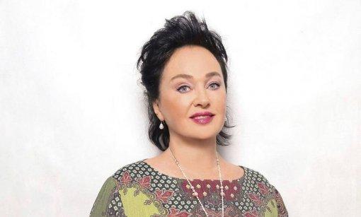 Больная коронавирусом телеведущая Лариса Гузеева вышла на связь из больницы в Коммунарке