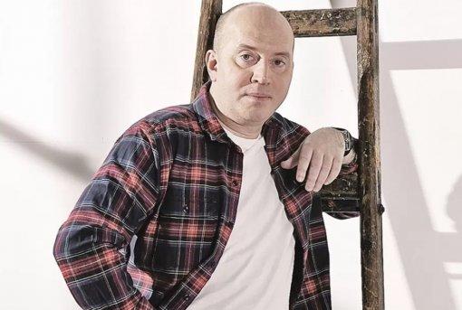 Актёр Сергей Бурунов назвал свою коллегу Марину Зудину женой