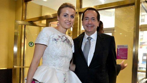 Миллиардер Джон Полсон разводится с супругой Дженни спустя двадцать лет брака