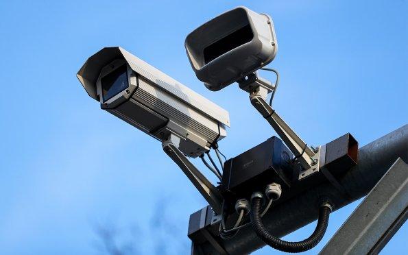 Водителям в РФ сообщили, какие виды нарушений будут автоматически фиксировать новые камеры