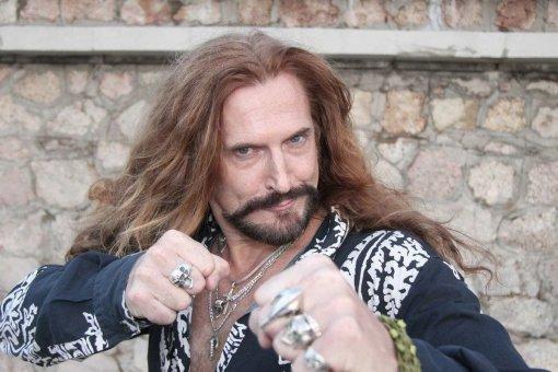 Актёр Никита Джигурда заявил о готовности выйти на бой с Пригожиным вместо Шнурова